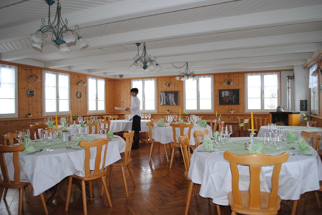 k-Saal für ihr Fest